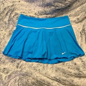 EUC NIKE Dri-Fit Tennis skirt